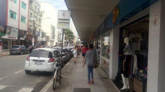 Comércio em Guarapari permanece funcionando de acordo com Decreto Estadual