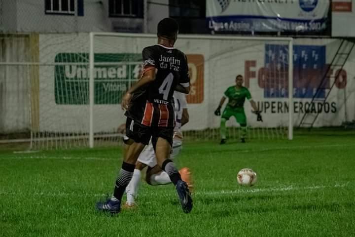 Atleta de Guarapari é contratado por time europeu