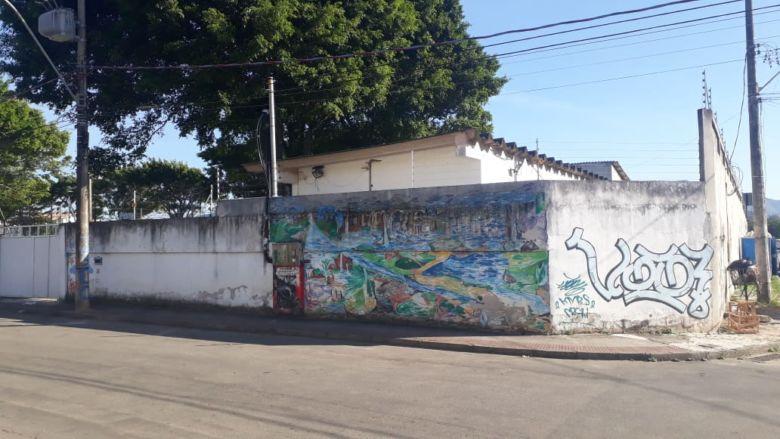 Área de lazer do Supermercado Santo Antônio será leiloada em Guarapari