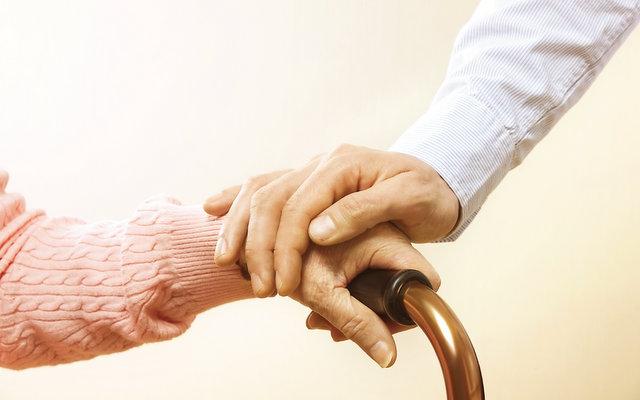 Chances de quedas entre idosos aumentam durante pandemia