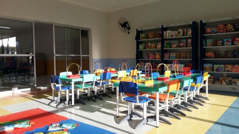 Prefeitura de Guarapari inaugura creche no bairro Adalberto