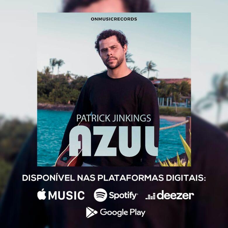 Cantor capixaba grava clipe em praia de Guarapari