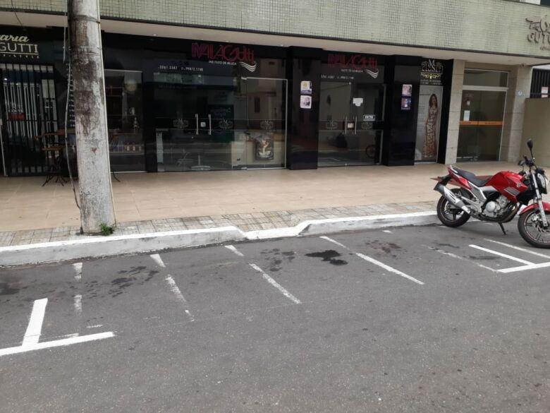 Estacionamento rotativo: vagas mal sinalizadas.