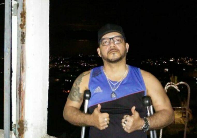 Ajuda-cadeira-de-rodas1-768x1024_edicao