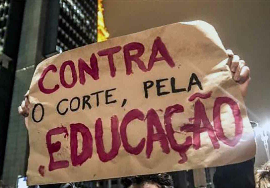 atos-pela-educação