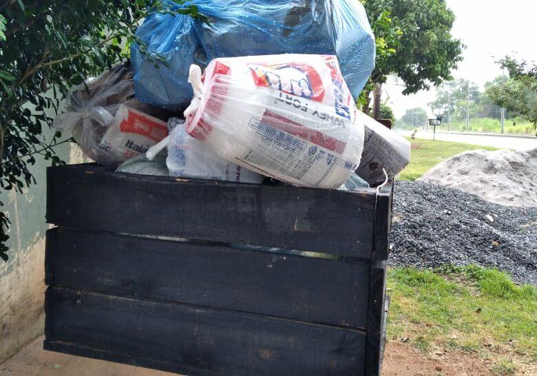 lixo meaípe