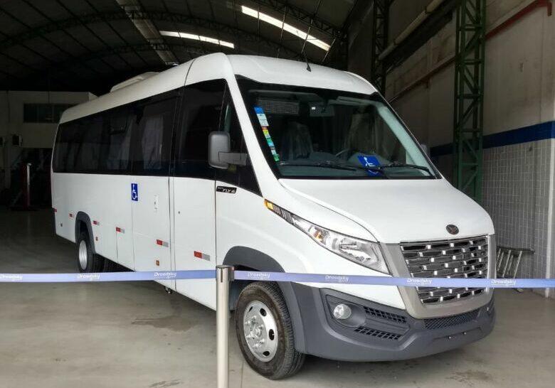micro-ônibus Apae