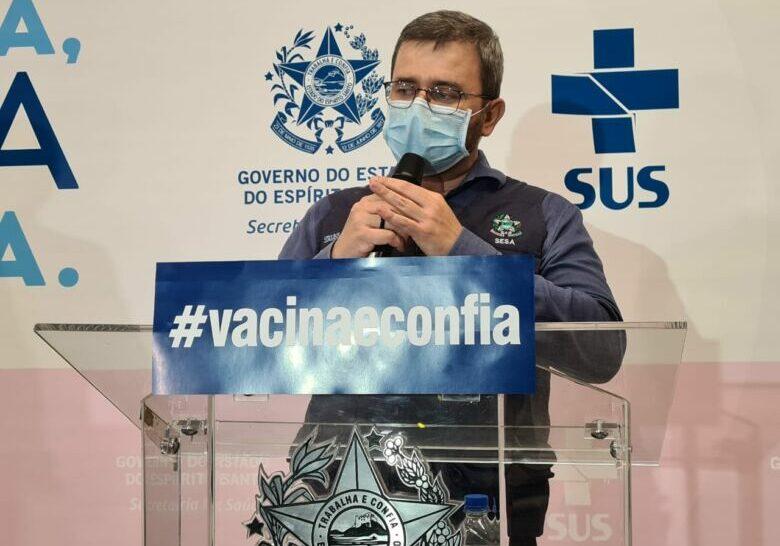 nesio-fernandes-vacina-covid