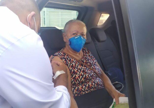 vacina_idosos_idosa_guarapari_divulgacao